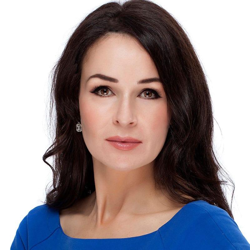 Dr Claire Oliver (BDS)